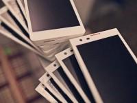 Com a popularização dos smartphones, objetos e serviços do mundo estão, pouco a pouco, se tornando obsoletos na sociedade
